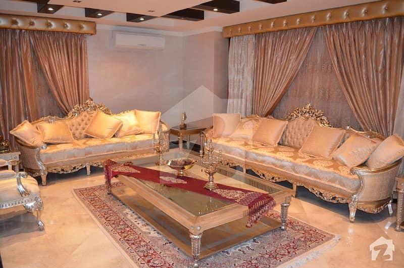 بحریہ ٹاؤن سیکٹر A بحریہ ٹاؤن لاہور میں 5 کمروں کا 4 کنال مکان 15 کروڑ میں برائے فروخت۔