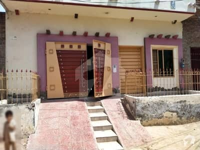 Nice Location House For Sale In Chak 85/6-R