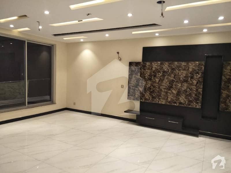 پاک عرب ہاؤسنگ سوسائٹی لاہور میں 5 کمروں کا 10 مرلہ مکان 90 ہزار میں کرایہ پر دستیاب ہے۔