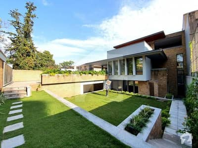 F7 Brand New House Is Available For Sale 1000 Sq Yards