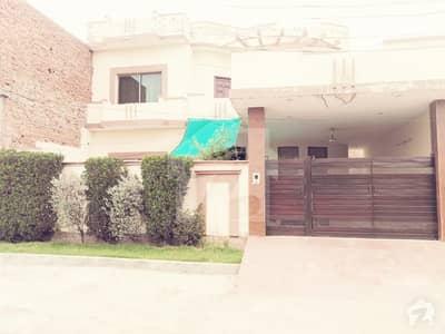 رحمان ولاز فیصل آباد میں 3 کمروں کا 11 مرلہ مکان 1.35 کروڑ میں برائے فروخت۔