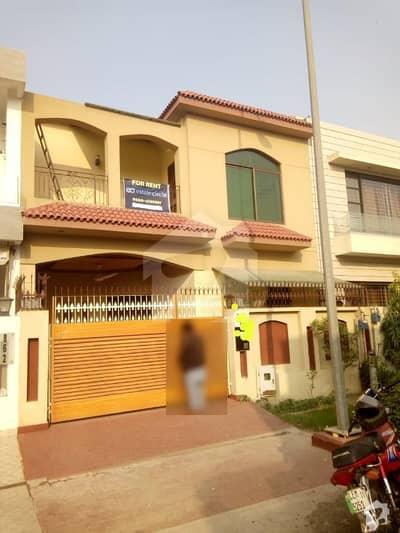 10 Marla Upper Portion For Rent At Very Good Location
