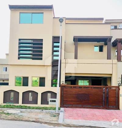 عمر ایونیو بحریہ ٹاؤن فیز 8 بحریہ ٹاؤن راولپنڈی راولپنڈی میں 5 کمروں کا 7 مرلہ مکان 1.46 کروڑ میں برائے فروخت۔