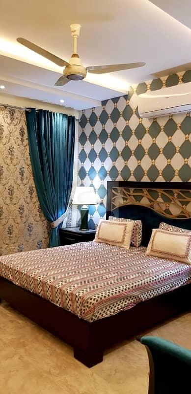 ایف ۔ 11 اسلام آباد میں 6 کمروں کا 1.1 کنال مکان 12 کروڑ میں برائے فروخت۔