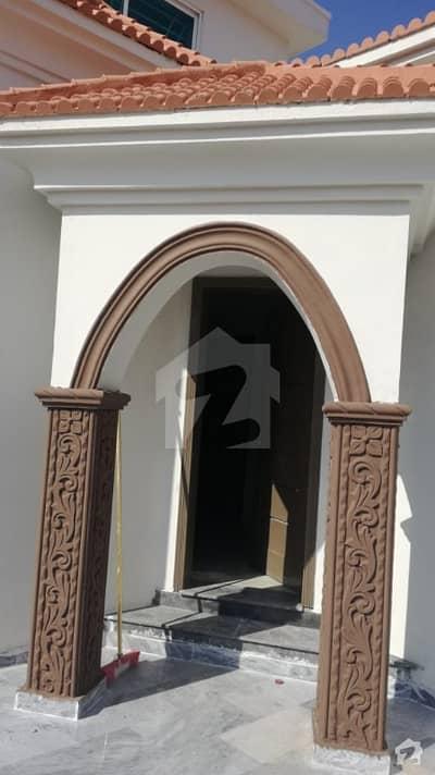 بحریہ ٹاؤن فیز 8 ۔ بلاک ایف بحریہ ٹاؤن فیز 8 بحریہ ٹاؤن راولپنڈی راولپنڈی میں 5 کمروں کا 10 مرلہ مکان 2.1 کروڑ میں برائے فروخت۔