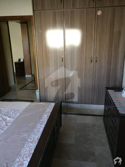 لیک سٹی ۔ سیکٹر ایم ۔ 1 لیک سٹی رائیونڈ روڈ لاہور میں 5 کمروں کا 12 مرلہ مکان 2.3 کروڑ میں برائے فروخت۔