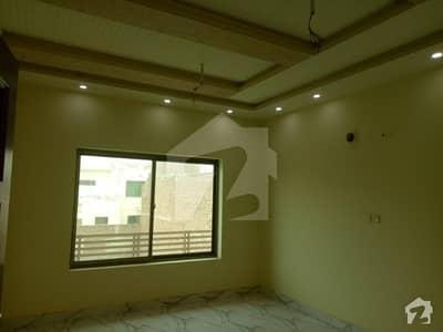 سعید کالونی - نیو گارڈن بلاک سعید کالونی فیصل آباد میں 3 کمروں کا 4 مرلہ مکان 1.1 کروڑ میں برائے فروخت۔