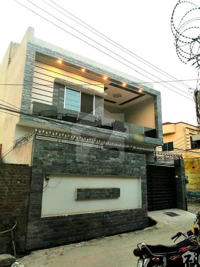 رحمان شہید روڈ گجرات میں 6 کمروں کا 5 مرلہ مکان 1.25 کروڑ میں برائے فروخت۔