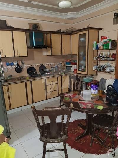 گلشنِ اقبال ٹاؤن کراچی میں 2 کمروں کا 4 مرلہ فلیٹ 93 لاکھ میں برائے فروخت۔