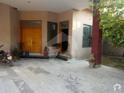 12  Marla Beautiful Single Storey House Available For Rent At Fully Gated Colony