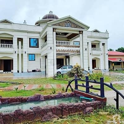 بہارہ کھوہ اسلام آباد میں 8 کمروں کا 10 کنال فارم ہاؤس 11 کروڑ میں برائے فروخت۔