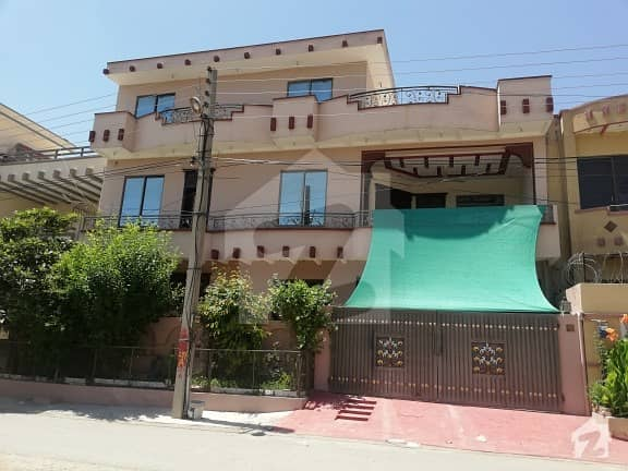 10 Marla Upper Portion For Rent In Pakistan Town