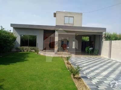 محافظ ٹاؤن لاہور میں 3 کمروں کا 1.1 کنال مکان 16.5 کروڑ میں برائے فروخت۔