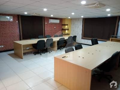خالد بِن ولید روڈ کراچی میں 11 کمروں کا 1 کنال مکان 2.45 لاکھ میں کرایہ پر دستیاب ہے۔