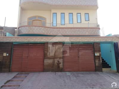 300 Sq Yard Bungalow For Sale Available At Latifabad No 6