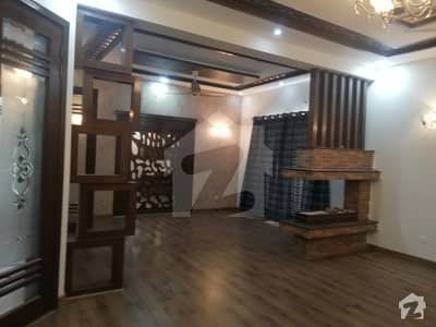 Beautiful Location One Kanal Lower Portion For Rent At DHA Phase 1