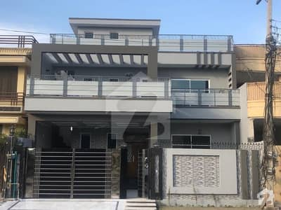 10 Marla Newly Constructed House For Sale