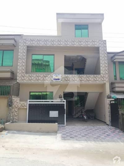 ائیرپورٹ ہاؤسنگ سوسائٹی - سیکٹر 4 ائیرپورٹ ہاؤسنگ سوسائٹی راولپنڈی میں 4 کمروں کا 5 مرلہ مکان 1.05 کروڑ میں برائے فروخت۔