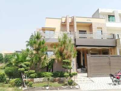 10 Marla Double Storey Luxury House Is Available For Rent