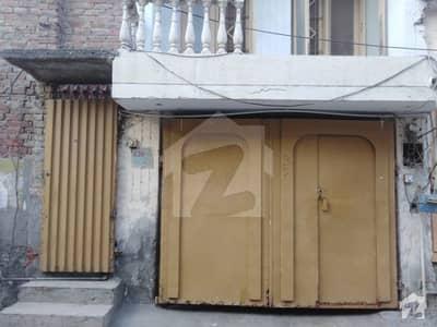 نعمت کالونی نمبر 1 فیصل آباد میں 5 کمروں کا 6 مرلہ مکان 75 لاکھ میں برائے فروخت۔