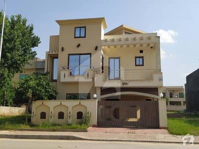 Usman Block 7 Marla Double Unit House For Rent