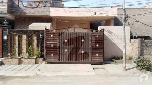 سمن آباد ۔ بلاک این سمن آباد لاہور میں 1 کمرے کا 6 مرلہ مکان 1.3 کروڑ میں برائے فروخت۔