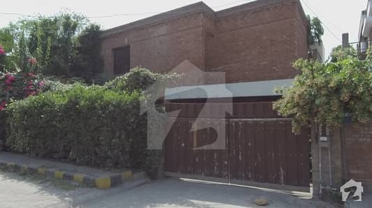House For Rent In Gulberg 2 Main Market