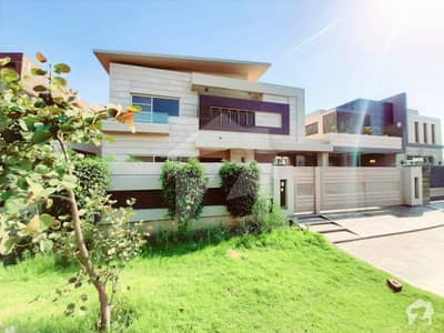 New Ulta Modern Luxurious One Kanal Bungalow For Rent Situated At Heart Of Phase 6