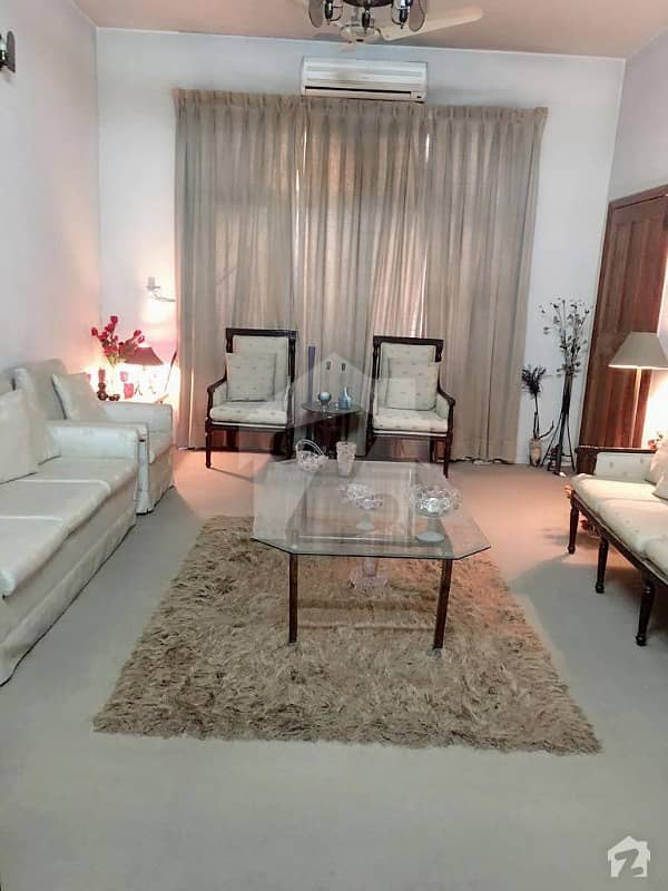 Facing Park Spacious Beautiful View 7 Marla House For Sale