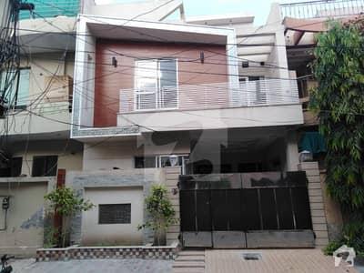 جوہر ٹاؤن فیز 2 - بلاک ایچ جوہر ٹاؤن فیز 2 جوہر ٹاؤن لاہور میں 5 کمروں کا 5 مرلہ مکان 1.7 کروڑ میں برائے فروخت۔