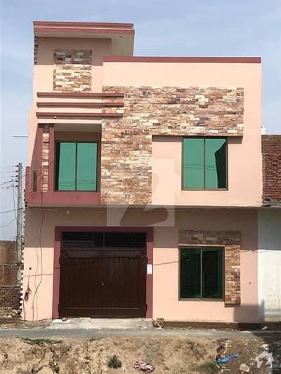 چک 82 / 6R ساہیوال میں 4 کمروں کا 3 مرلہ مکان 50 لاکھ میں برائے فروخت۔