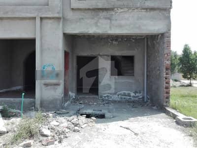 لاہور موٹر وے سٹی ۔ بلاک ایس لاھور موٹروے سٹی لاہور میں 2 کمروں کا 5 مرلہ مکان 30 لاکھ میں برائے فروخت۔