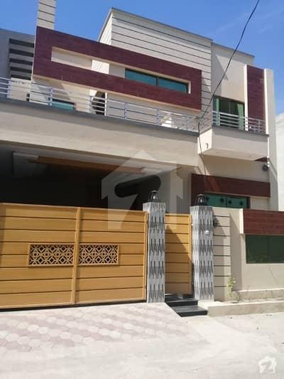 ریور گارڈن ہاوسنگ سکیم جی ٹی روڈ گجرات میں 5 کمروں کا 8 مرلہ مکان 1.65 کروڑ میں برائے فروخت۔