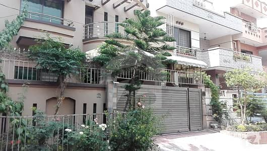 8 Marla Triple Storey House For Sale In C Block Of Pwd Housing Society Islamabad