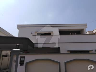 One Kanal Residential House Available For Rent In Gulberg Lahore