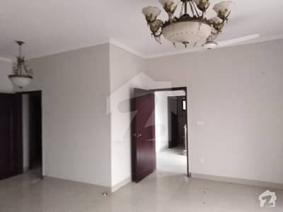 14 Marla House Available For Rent In Gulberg Lahore