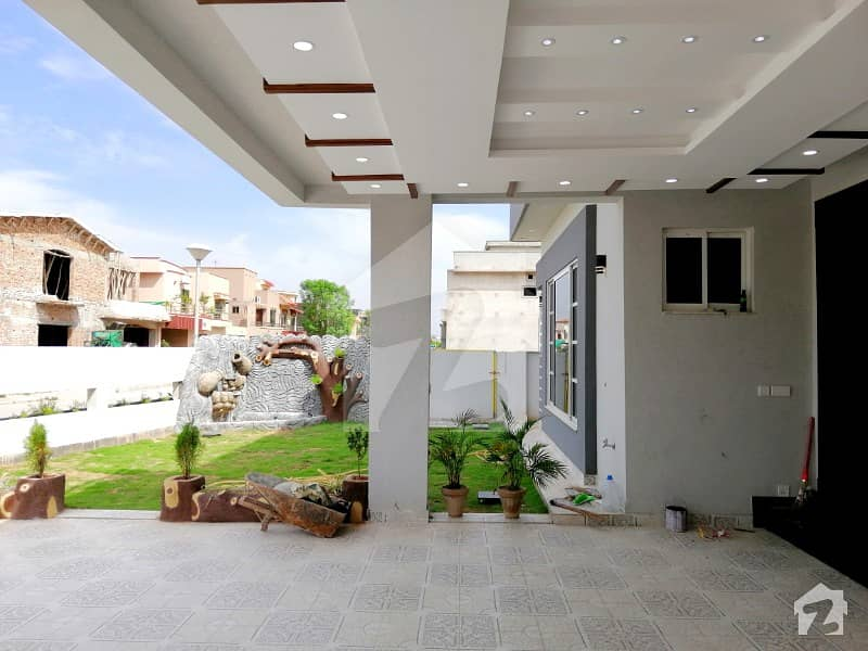 1 Kanal Beautiful House In Bahria Town
