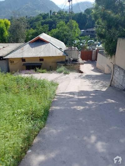 مظفر آباد سٹی مظفر آباد میں 3 کمروں کا 1 کنال مکان 15 ہزار میں کرایہ پر دستیاب ہے۔