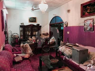 کشمیر روڈ سیالکوٹ میں 3 کمروں کا 6 مرلہ مکان 1.38 کروڑ میں برائے فروخت۔