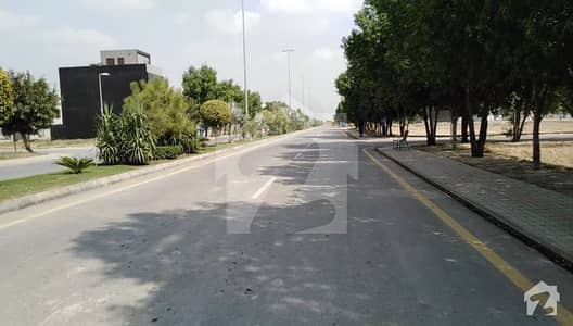 Executive Location 5 Marla Possession Plot For Sale In Jinnah Block Bahria Town Lahore
