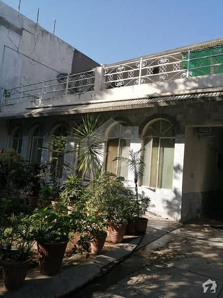 40x80 House For Sale In G9