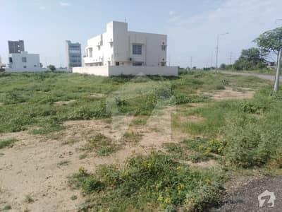ڈی ایچ اے فیز 7 - بلاک وائے فیز 7 ڈیفنس (ڈی ایچ اے) لاہور میں 6 کنال رہائشی پلاٹ 8.1 کروڑ میں برائے فروخت۔
