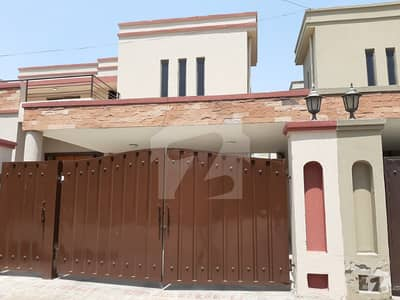 14 Marla Beautiful house available for rent near Kalma chowk Gulberg PAF Falcon Complex Lahore