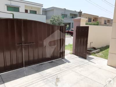 One Kanal House available for rent in Gulberg PAF Falcon Complex Lahore Near Kalma chowk