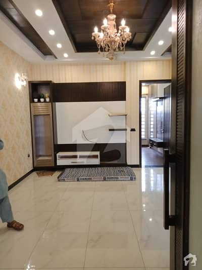10 Marla Brand New House For Rent At Paragon City