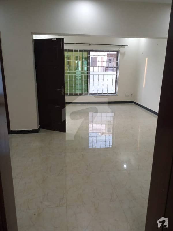 8 Marla Portion Available For Rent In Sector N