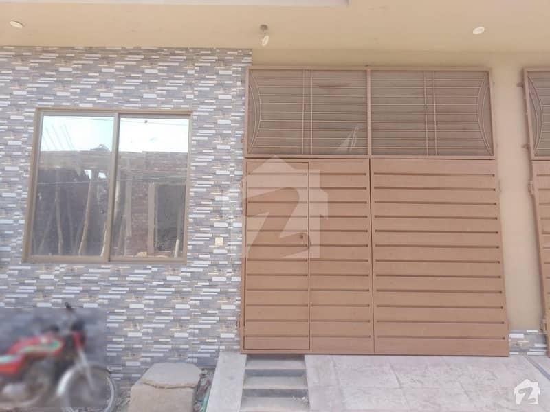 ملتان روڈ لاہور میں 4 کمروں کا 4 مرلہ مکان 82 لاکھ میں برائے فروخت۔