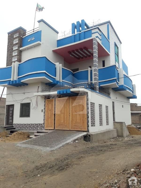 دیگر لاڑکانہ میں 5 کمروں کا 7 مرلہ مکان 1.5 کروڑ میں برائے فروخت۔