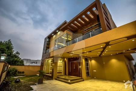 1 Kanal Brand New Most Beautiful Lavish Bungalow For Sale  Phase 6