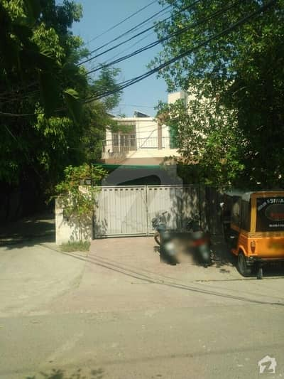1 Kanal Lower Portion For Rent In Model Town H Block